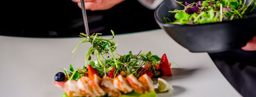 Benefits Of Hiring A Home Food Caterer